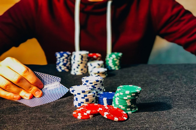 Wondering if spending time & money building social media image for online casinos is worth it?... These points of benefits will serve as an assurance!